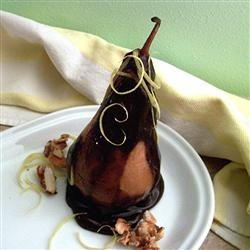 Pere in sos de ciocolata